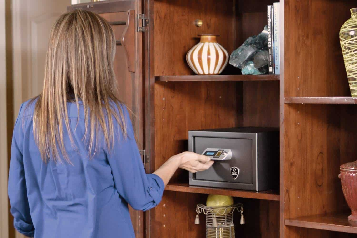 Why We Love Biometric Gun Safe (And You Should, Too!)