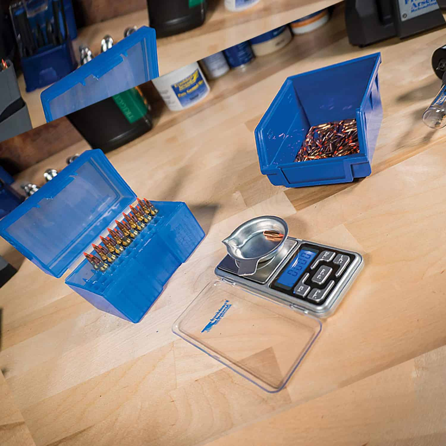 12 Best Powder Scales for Reloading 2020