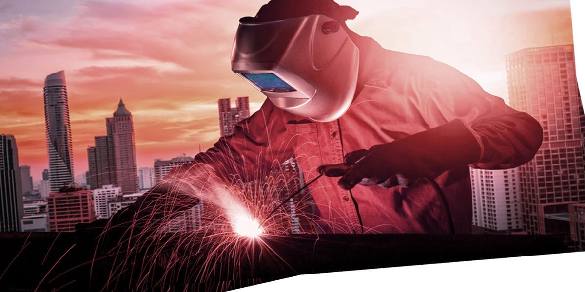 Best Auto Darkening Welding Helmet Reviews 2020